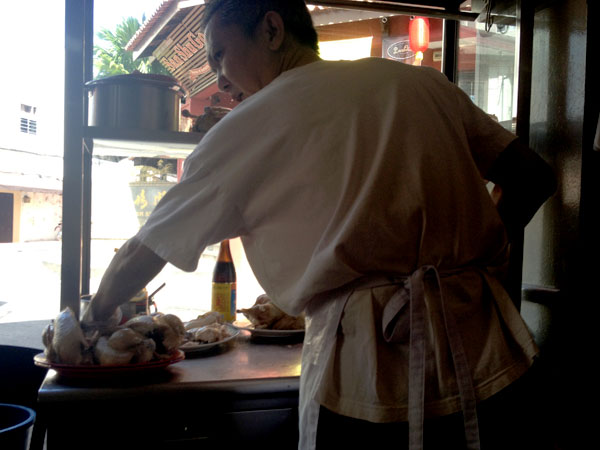 famous chicken rice man - really, its just chicken and rice...